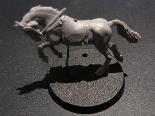 LOTR SBG - ROHIRIM repaired horse prepared for priming.